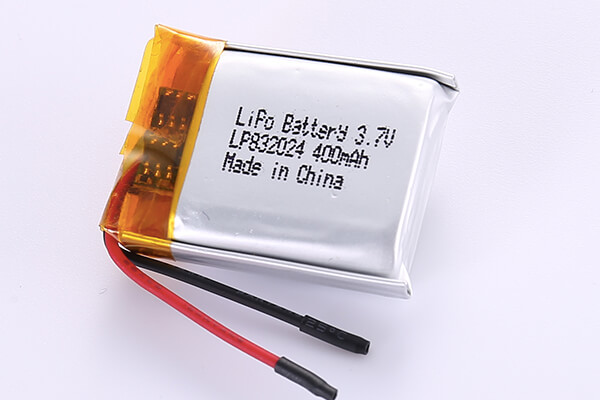 Hot Selling Lithium Polymer Batteries LP832024 3.7V 400mAh with 1.48Wh